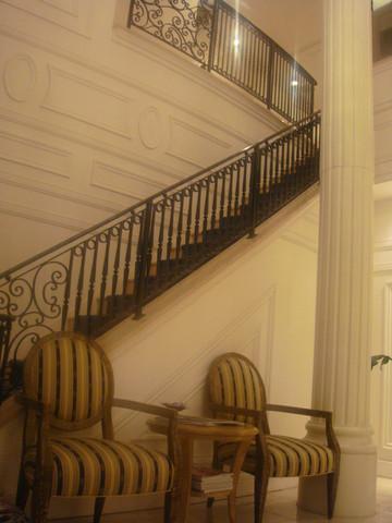 3階の上がり、施術がスタート