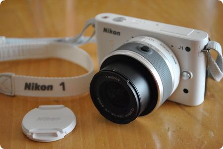 Nikon 1 J1ホワイト
