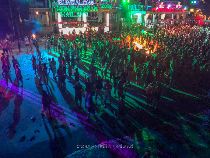 FULLMOONPARTY2018-9