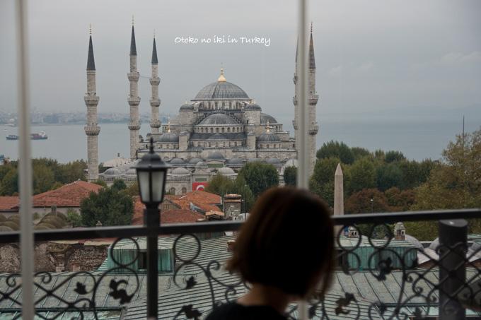 1127-2レストランからモスク