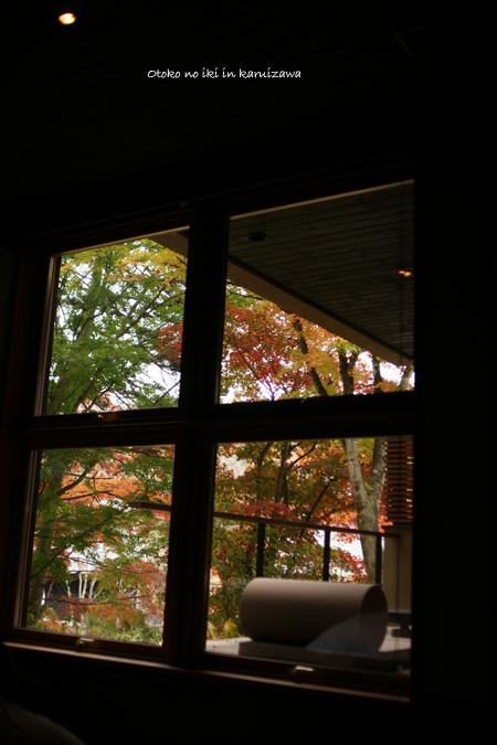 1206-18窓の外