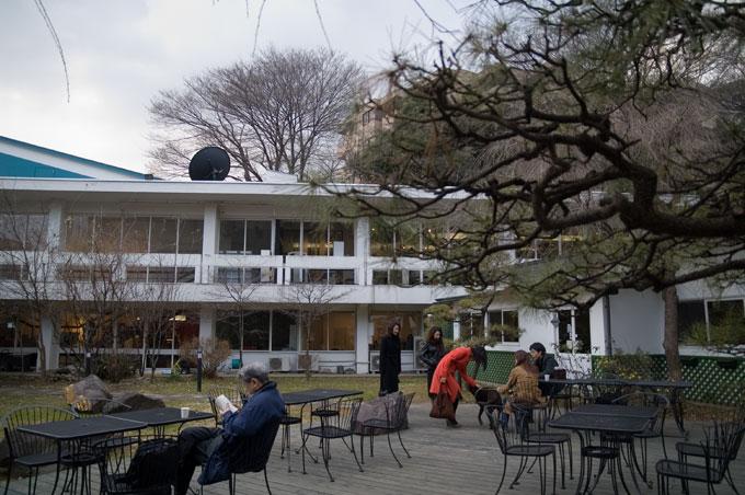 日仏学院-2庭