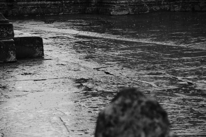 0627-4雨白黒