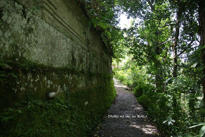1203-2グヌン・ルバ寺院