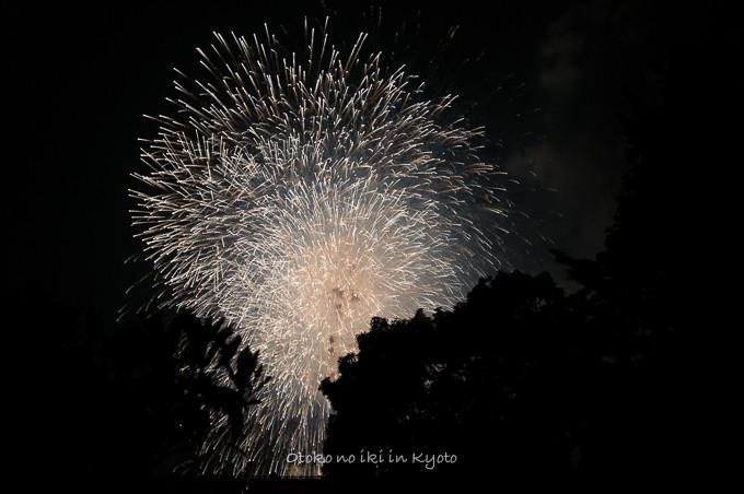 1022宇治の花火8月-24