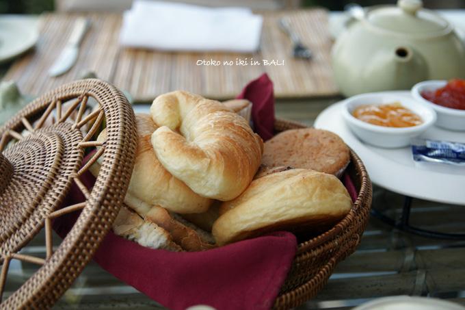 0225-16パン