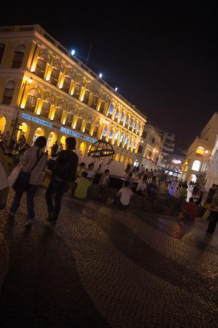 セナド広場の夜