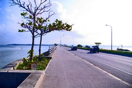 伊計島海中道路