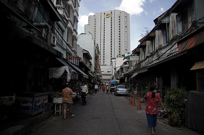 道とホテル