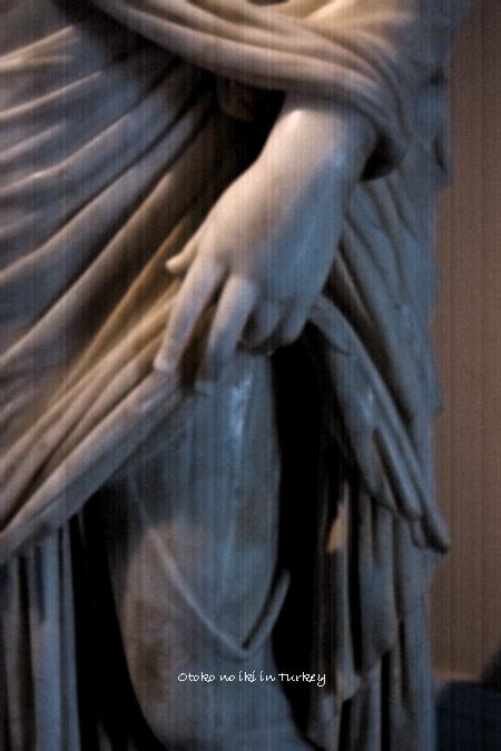0125-12彫刻足