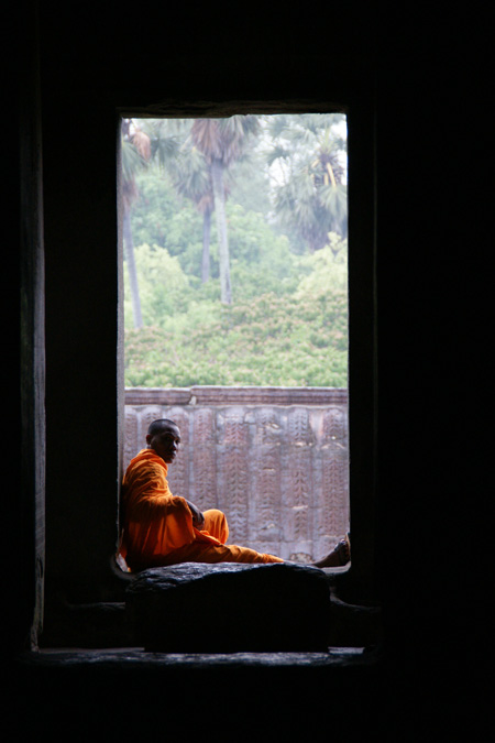0627-5僧侶雨