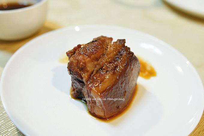 0426-16トロ肉皿