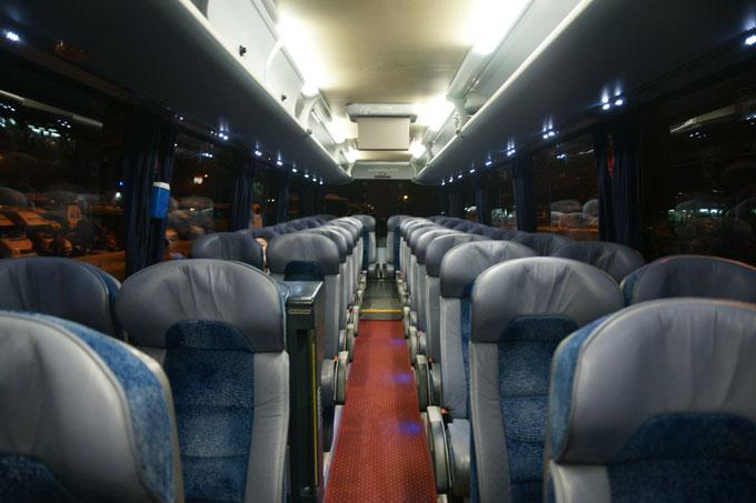 1122-24バス内部
