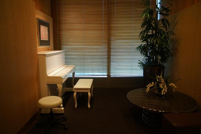 0410-30ピアノ部屋