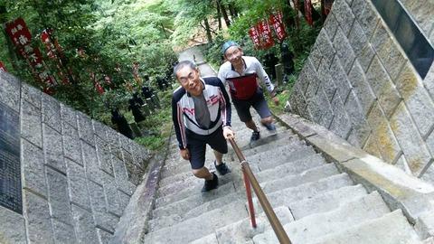 27-08-10山本不動2