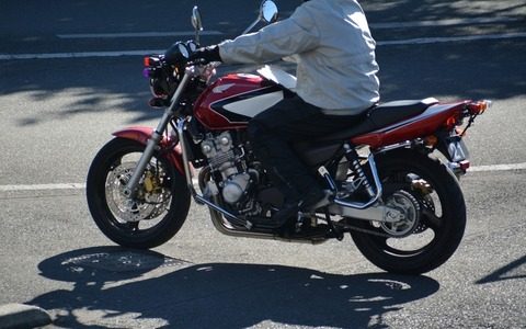 02-04-01バイク
