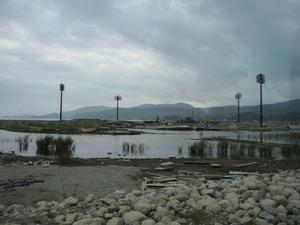 活動 029(地盤沈下で水没した運動場