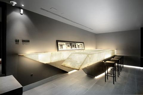 20-intimate-bar