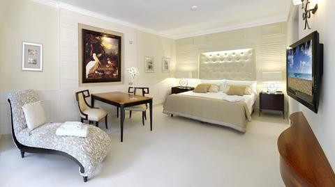 Model-Room-3
