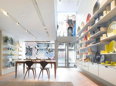 Retail-Shop-Interior-Design-of-Mud-Australia-Showroom-New-York