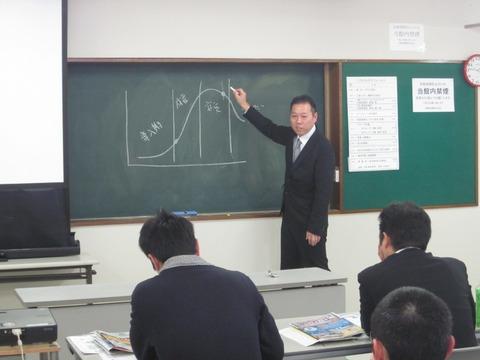 前田アドバイザー