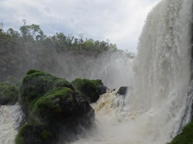 モンダウの滝