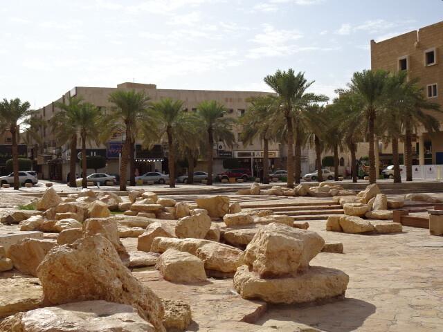 城塞前広場