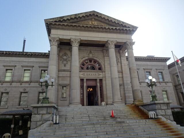 大阪府立中之島図書館