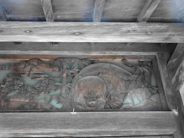 竹と虎の玄関飾り