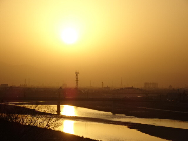 長良川の夕景