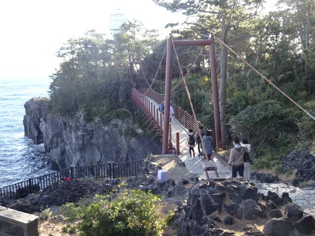 門脇の吊り橋