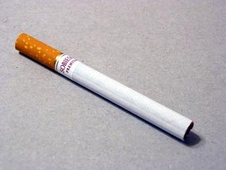 アメリカ「君たちの国では喫煙者はどう思われてる?」海外の反応