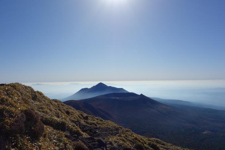 韓国岳 山頂 高千穂峰 新燃岳