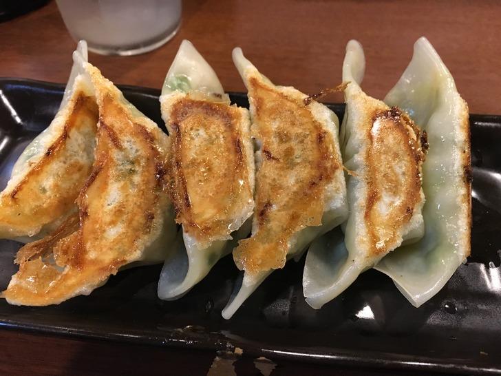 炭炙りチャーシュー まる麺 餃子