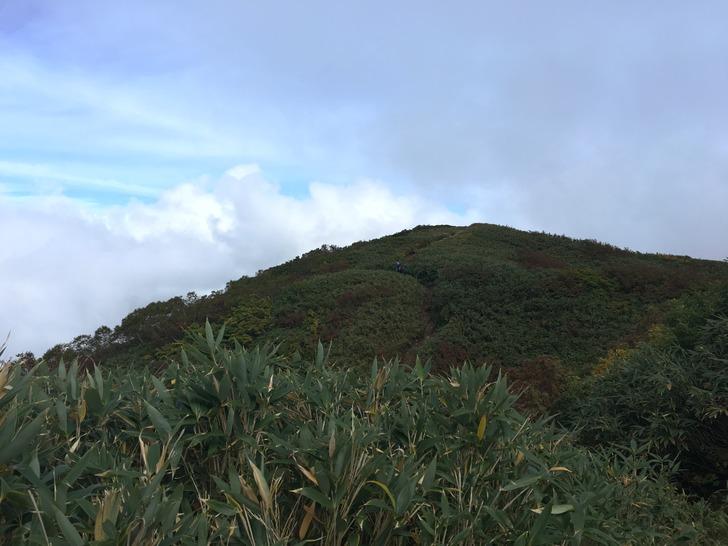 雨飾山 稜線