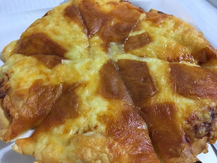 ラッキーピエロ ダブルチーズピザ