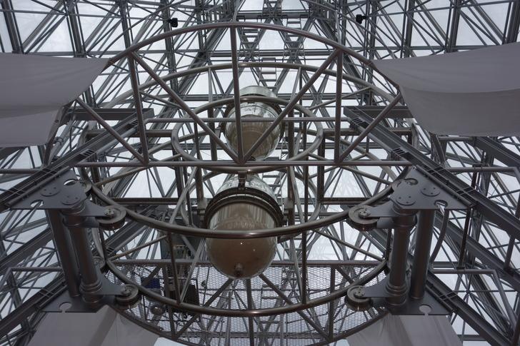 サンドミュージアム 一年計砂時計 世界最大