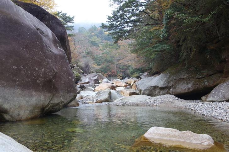 大崩山 川