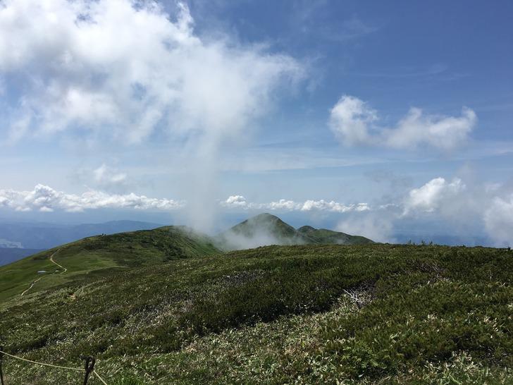 巻機山 真の山頂