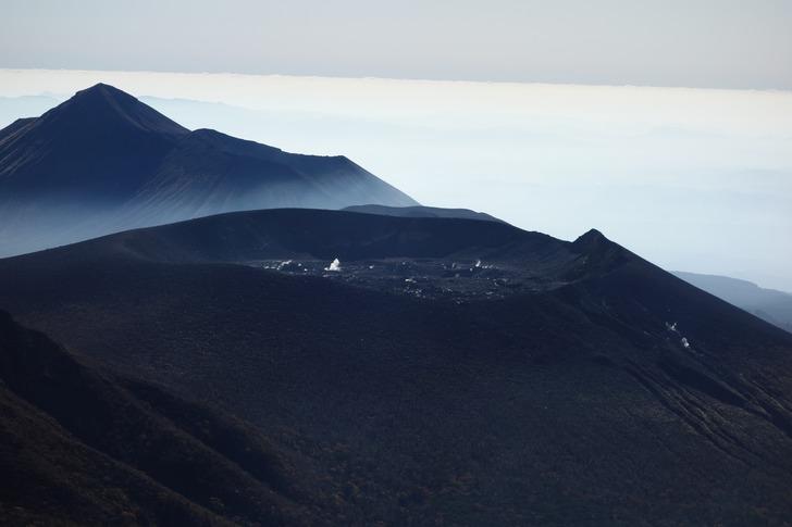 韓国岳 山頂 新燃岳