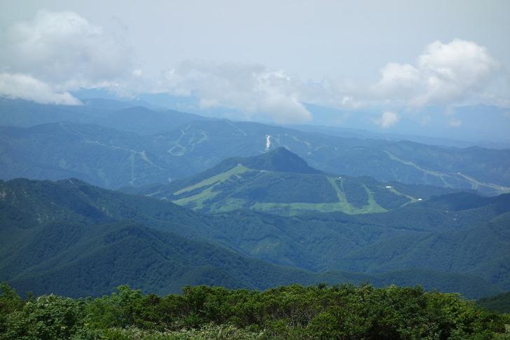 巻機山 7合目から見たゲレンデ