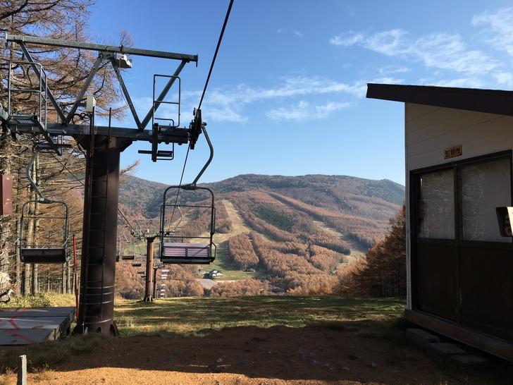 湯の丸スキー場第二ゲレンデリフト降り場