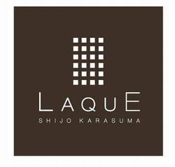 「LAQUE(ラクエ)四条烏丸」ロゴ