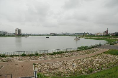 狭山池昼景