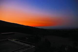 霧島の夜明け