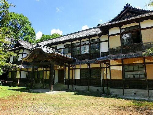 旧和歌山県会議事堂