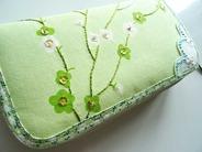 長財布に刺繍 (3-1)