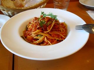 サルシッチャと自家製ワケギのトマトソーススパゲッティ。