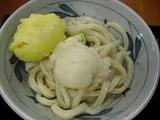 おろし醤油うどん(冷)に玉子の天ぷら