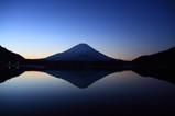 精進湖逆富士